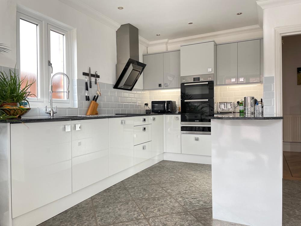 Contemporary Styled Kitchen with Stone Worktops.  Southport