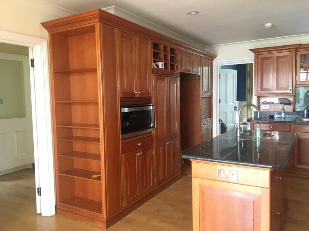 Classic Solid Wood Kitchen with Aga & Granite Must go by 19.9.21