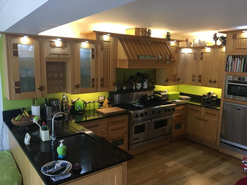 Mark Wilkinson Kitchen with Appliances & Granite worktops