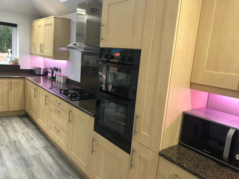 John Lewis Kitchen with Granite Worktops & Appliances