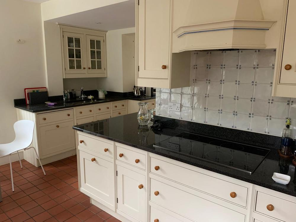 Shaker Kitchen with Granite Worktops & Appliances (inc. AGA)