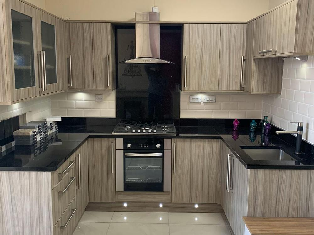U-Shaped Kitchen with Granite Worktops & Iberna Appliances