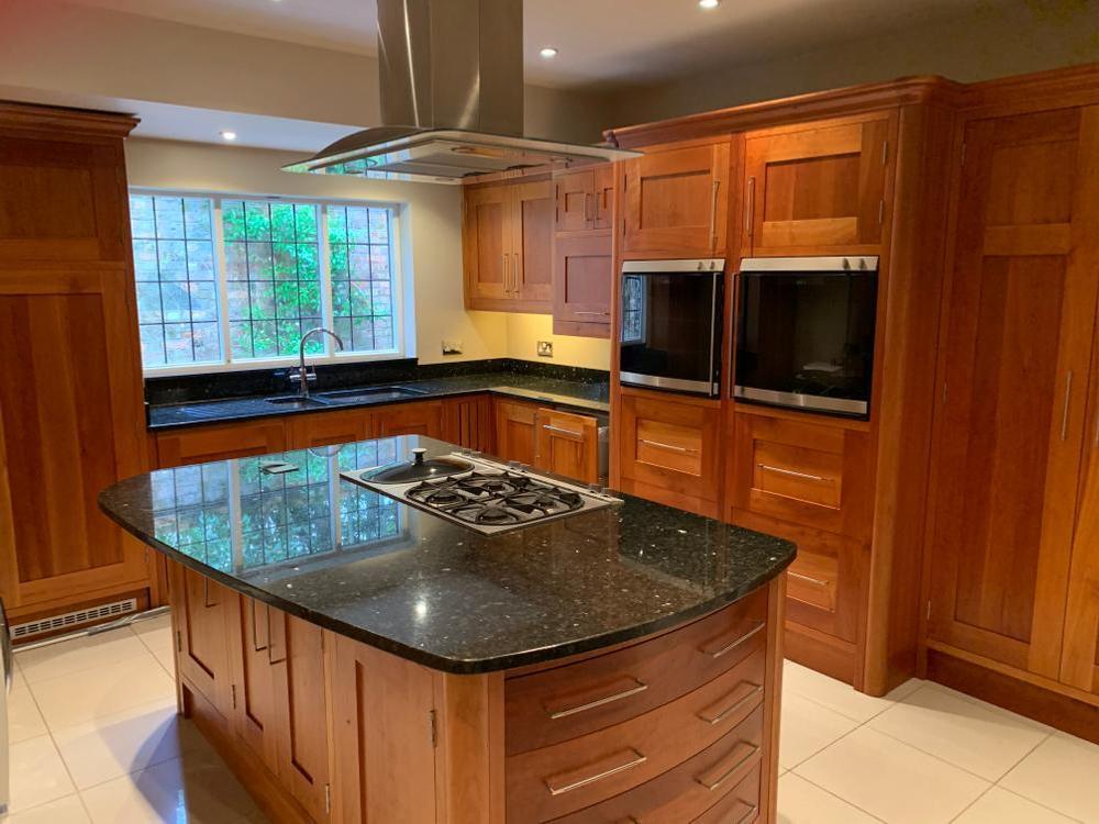 Traditional Handmade Wooden Kitchen with Appliances & Granite Worktops